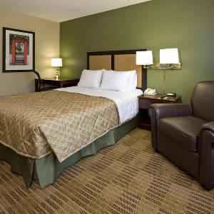Extended Stay America - Santa Barbara - Calle Real