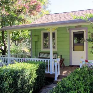 Healdsburg Country Gardens Lodging