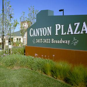 Canyon Plaza