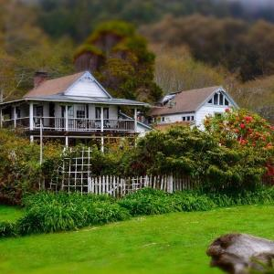 Howard Creek Ranch Inn