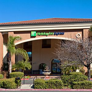 Holiday Inn Express - Temecula