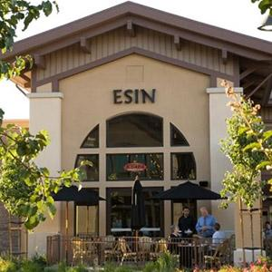 Esin Restaurant and Bar